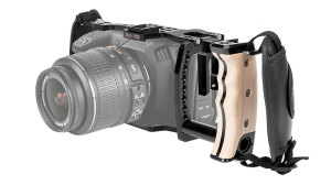 Blackmagic Pocket Cinema 4K/6K Handheld Cage