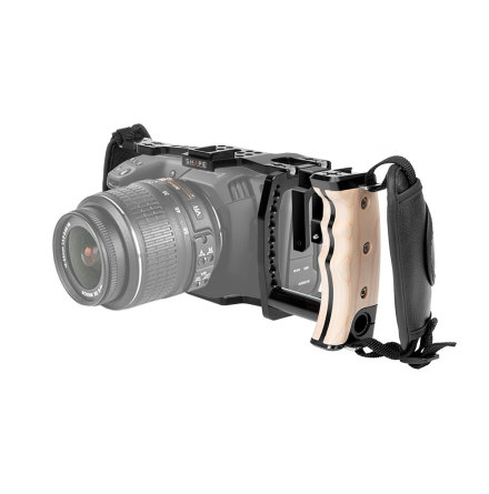 Blackmagic Pocket Cinema 4K Handheld Cage